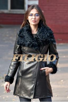 Великолепная кожаная куртка с мехом козлика