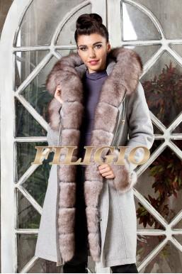 Модная парка- пальто из кашемира и шерсти с отделкой из меха песца